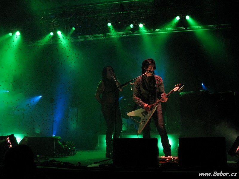 June 3, 2009 performance at Velodrom in Brno, Czech Republic.
