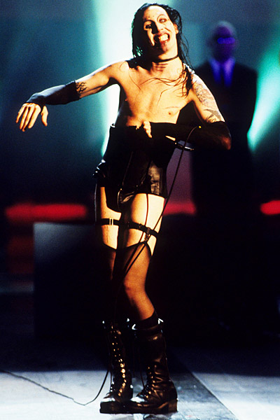1997 MTV Music Video Awards - September 4th, 1997 performance at {{{Location}}}.