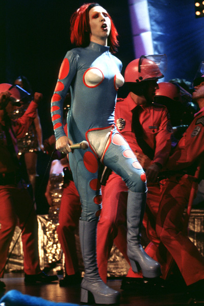 1998 MTV Music Video Awards - September 10th, 1998 performance at {{{Location}}}.